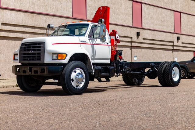 1998 Ford F800 Cab & Chassis Danco 706 Crane Red Deer AB