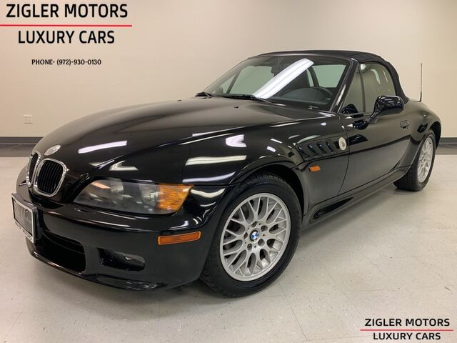 1999 BMW Z3 2.5L Convertible Pristine One Owner 16950 actual miles Clean Carfax Garage kept! Addison TX
