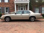 1999 Ford Crown Victoria LX 2-owners EXCELLENT CONDITION MUST C & DRIVE