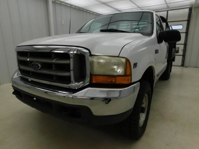 1999 Ford Super Duty F-250 BALE TRUCK DEWEZE Manhattan KS
