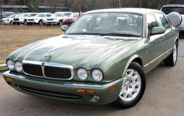 Jaguar XJ w/ LEATHER SEATS & SUNROOF 1999