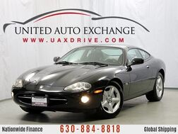 1999_Jaguar_XK8_Coupe_ Addison IL