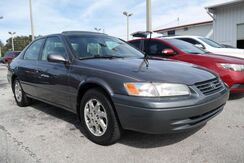 1999_Toyota_Camry_LE_  FL