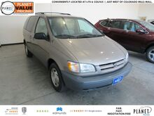 1999 Toyota Sienna LE Golden CO