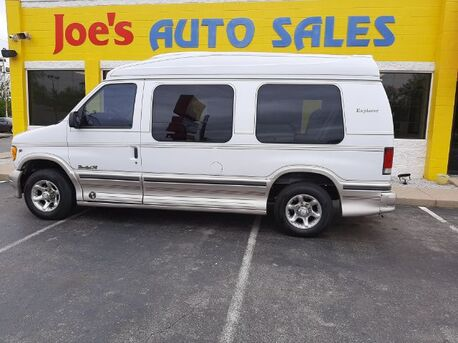 2000_Ford_Econoline_E250_ Indianapolis IN
