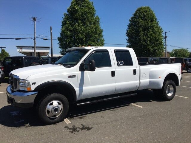 2000 Ford Super Duty F-350 DRW Lariat East Windsor CT