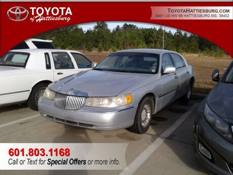 2000 Lincoln Town Car Executive Hattiesburg MS