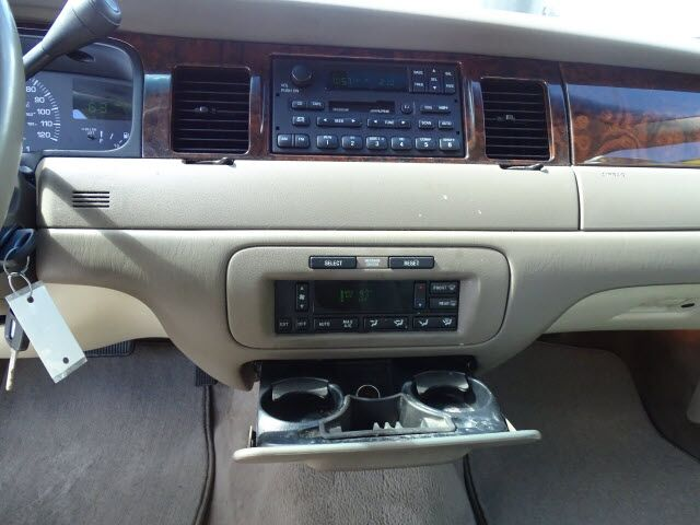 2000 Lincoln Town Car Signature Columbus GA