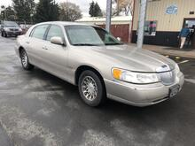 2000_Lincoln_Town Car_Signature_ Spokane WA