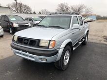 2000_Nissan_Frontier 2WD_XE_ Gainesville TX
