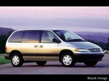 2000_Plymouth_Voyager_SE_ Highland Park IL