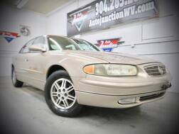 2001_Buick_Regal_LS_ Grafton WV