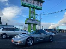 2001_Chevrolet_Corvette_Coupe_ Eugene OR