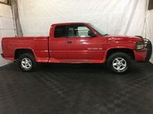 2001_Dodge_Ram 1500_Quad Cab Short Bed 4WD_ Middletown OH