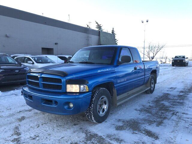 2001 Dodge Ram 1500 ST | QUAD CAB | *GREAT CONDITION* Calgary AB