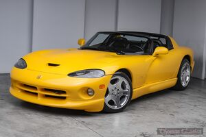 2001_Dodge_Viper_RT/10_ Akron OH
