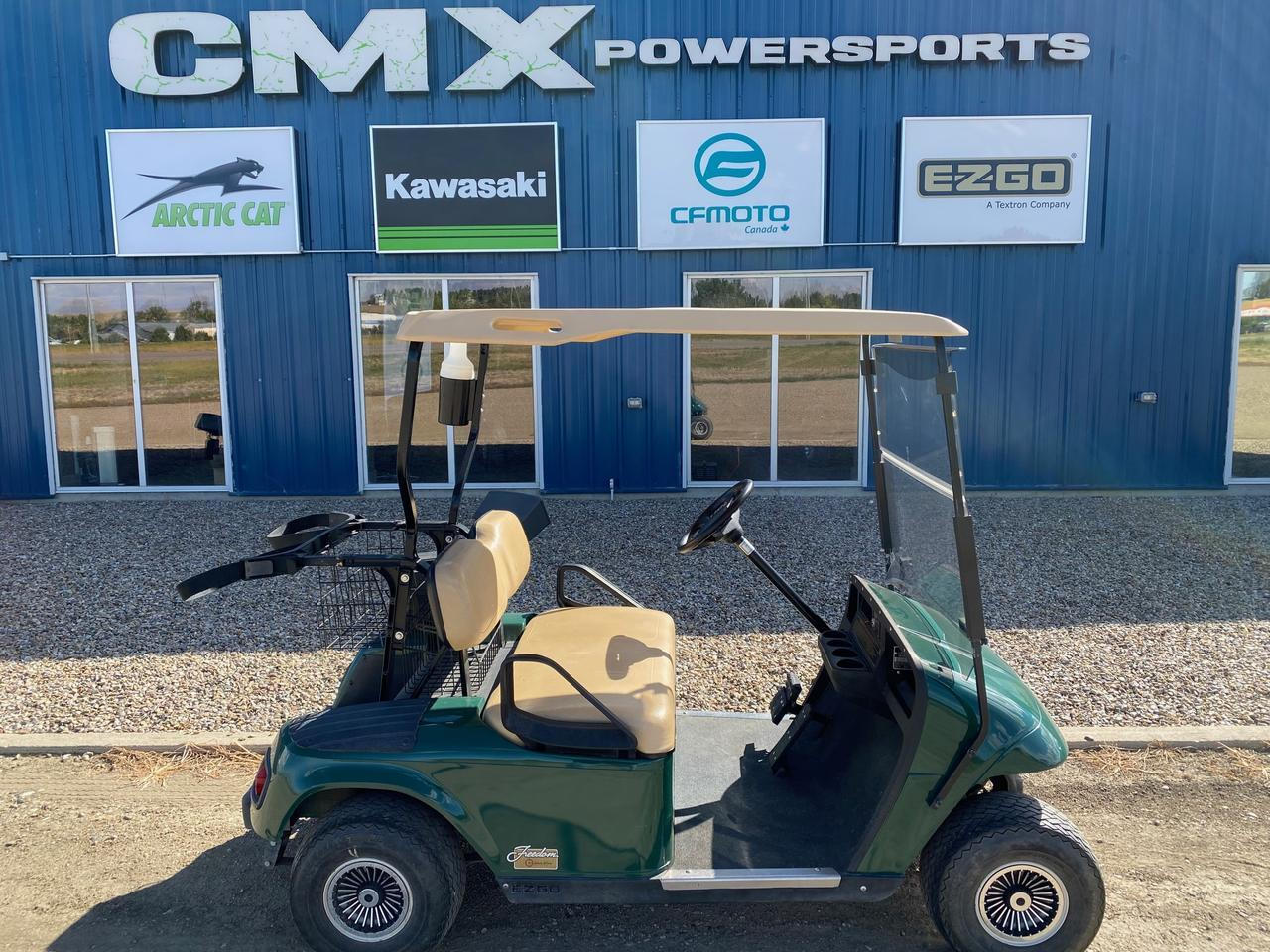 2001 EZGO TXT 36VOLT CART Swift Current SK
