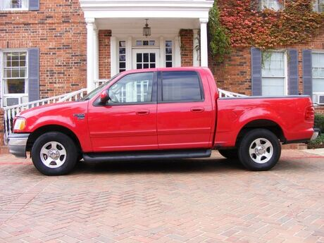 2001 Ford F-150 SuperCrew XLT crew cab V. WELL MAINTAINED. MUST C & DRIVE Arlington TX