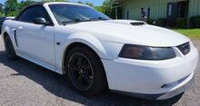 2001_Ford_Mustang_GT_ Moore SC