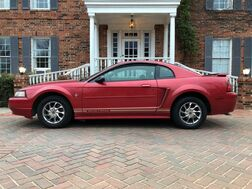 2001_Ford_Mustang_Premium Automatic V-6 EXCELLENT CONDITION_ Arlington TX
