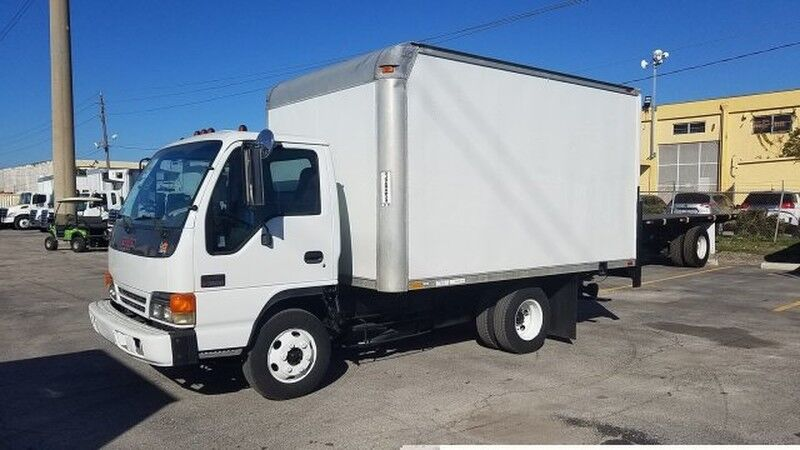 2001 GMC (Isuzu) W3500 12' dry box