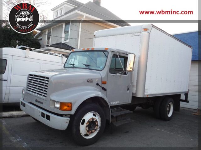 2001 International 4700 BOX TRUCK STRAIGHT TRUCK T444E Arlington VA