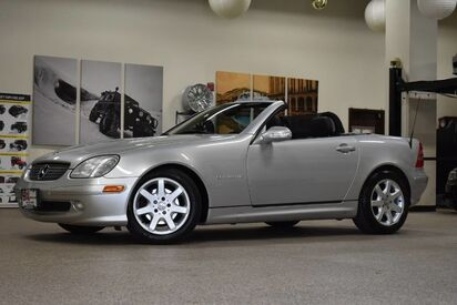 2001_Mercedes-Benz_SLK 230_Kompressor_ Boston MA