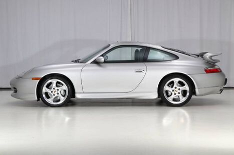 2001_Porsche_911 Carrera_4 Coupe 6MT_ West Chester PA
