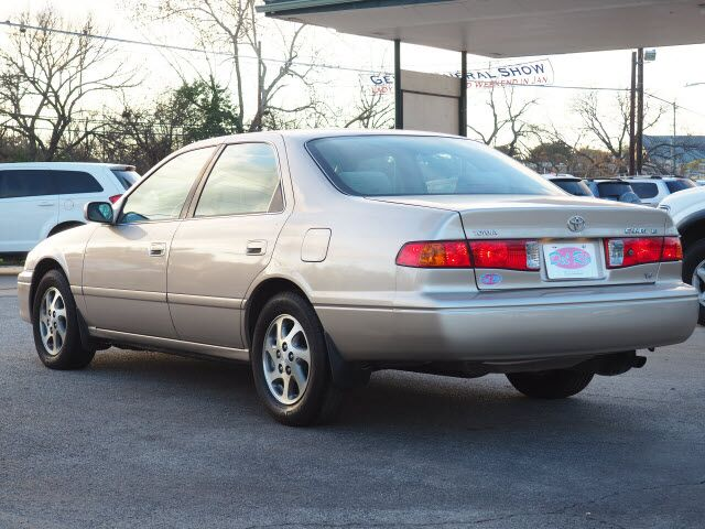 2001 Toyota Camry LE V6  TX