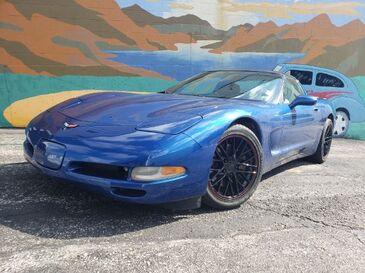 2002_Chevrolet_Corvette_Coupe_ Saint Joseph MO