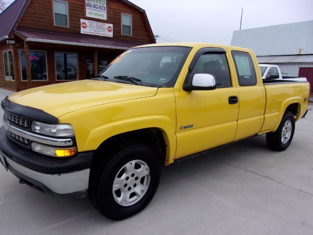 2002 Chevrolet Silverado 1500 Ext. Cab Short Bed 4WD St. Joseph KS