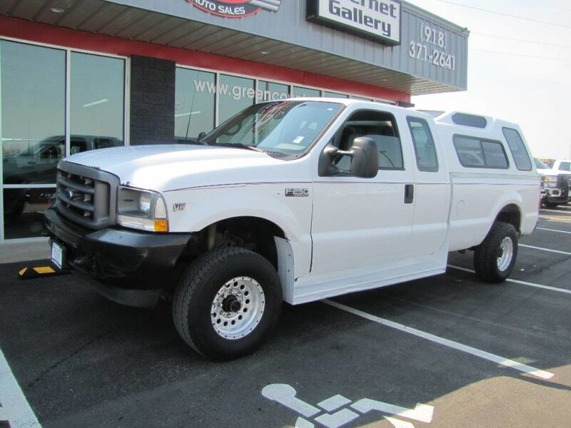 2002 Ford Super Duty F-250 4x4 XL