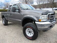 Ford Super Duty F-350 SRW XLT 2002