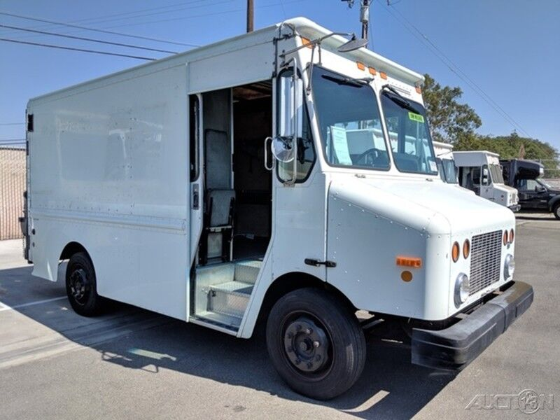2002 Freightliner MT45 11FT Step Van