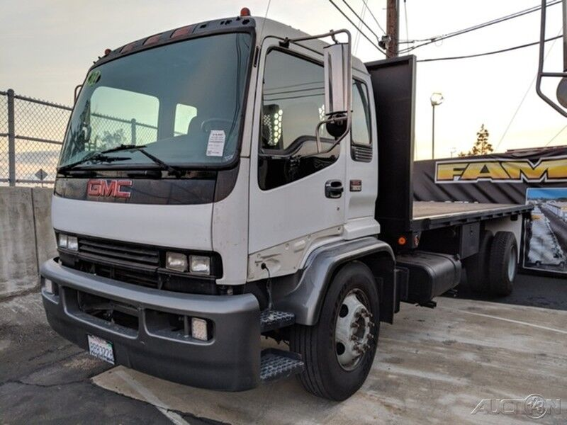 2002 GMC T6500 Diesel 20FT Flatbed