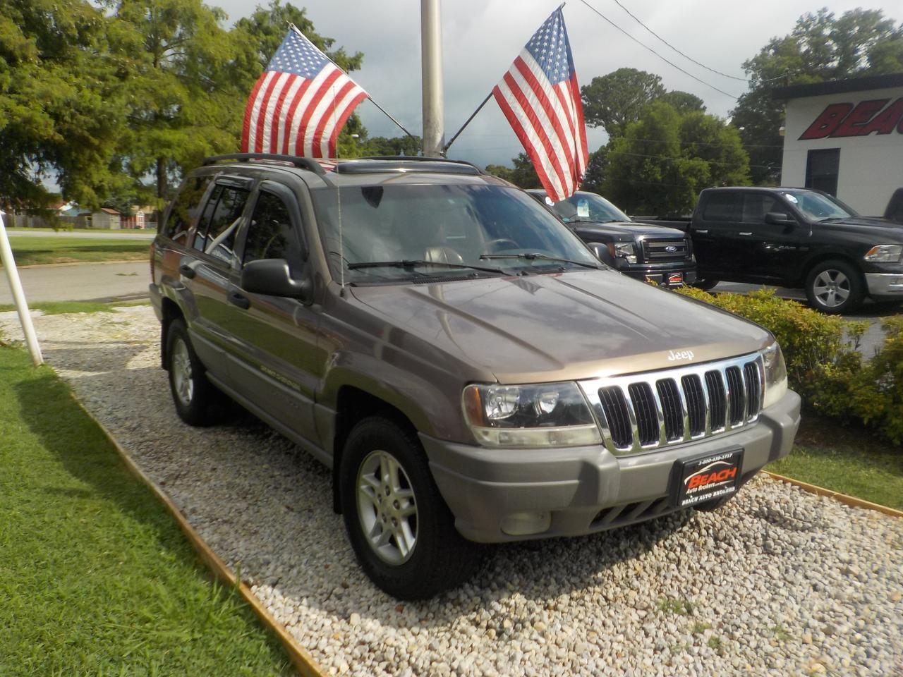 2002 JEEP GRAND CHEROKEE LAREDO 4X4, WHOLESALE TO THE PUBLIC, LEATHER , SUNROOF, POWER SEATS, SINGLE CD PLAYER!