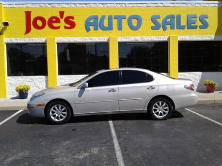 2002_Lexus_ES 300_Sedan_ Indianapolis IN