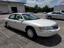 2002_Lincoln_Continental_Base_  FL