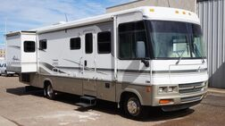 2002_Winnebago_Adventurer_M-32V Workhorse_ Lubbock TX