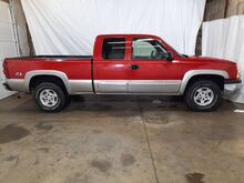 2003_Chevrolet_Silverado 1500_LS Ext. Cab Short Bed 4WD_ Middletown OH