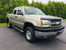 2003_Chevrolet_Silverado 2500HD_LS Ext. Cab Short Bed 4WD_ Richmond IN