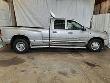 2003_Dodge_Ram 3500_SLT Quad Cab Long Bed 2WD DRW_ Middletown OH