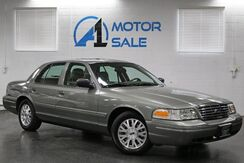 2003_Ford_Crown Victoria_LX_ Schaumburg IL