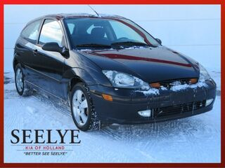 2003_Ford_Focus_ZX3 Base_ Battle Creek MI