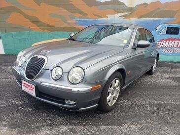 2003_Jaguar_S-Type_3.0_ Saint Joseph MO