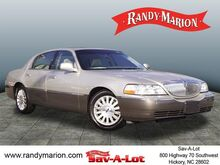2003_Lincoln_Town Car_Signature_ Hickory NC
