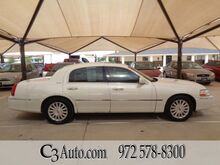 2003_Lincoln_Town Car_Signature_ Plano TX