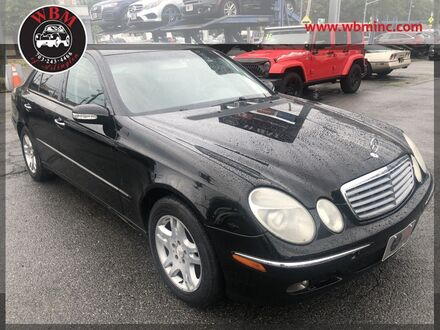 2003_Mercedes-Benz_E 320_Sedan_ Arlington VA