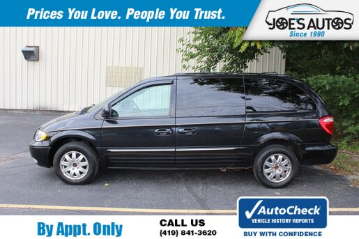2004_CHRYSLER_TOWN & COUNTRY_LIMITED_ Toledo OH