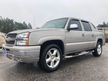 2004_Chevrolet_Avalanche_1500 2WD_ Gaston SC